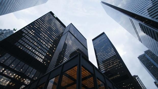 قائمة بأكبر سبع شركات عامة تمتلك أكبر محافظ بيتكوين ... تعرف عليها