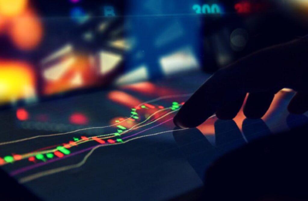 العملات الرقمية لمنصات التداول المركزي واللامركزي حاضرة في الإرتفاعات الأخيرة للسوق