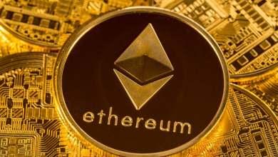 بعد اقتراب البيتكوين من مستوى 50 ألف دولار...هل ستتبعه الايثيريوم وترتفع لـ 4000 دولار؟