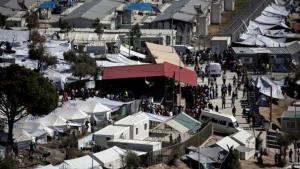 أزمة في اليونان مع تدفق آلاف اللاجئين إلى جزرها