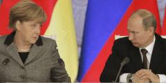 بوتين ينتقد بشدة سياسة ميركل المتعلقة باللاجئين