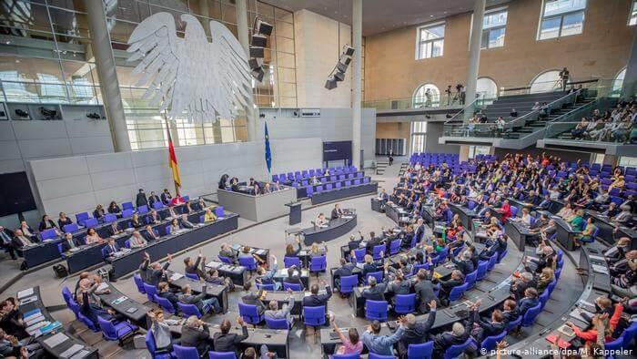 حزمة قوانين جديدة أقرها البرلمان الألماني بعام 2020