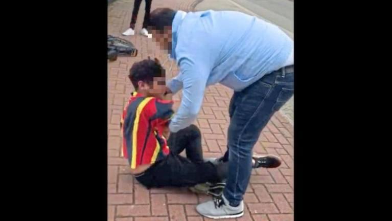 ضرب صبي وصفعه عدة مرات في مدينة ألمانية