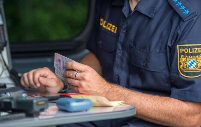الحكم على شرطة حدود ولاية ألمانية