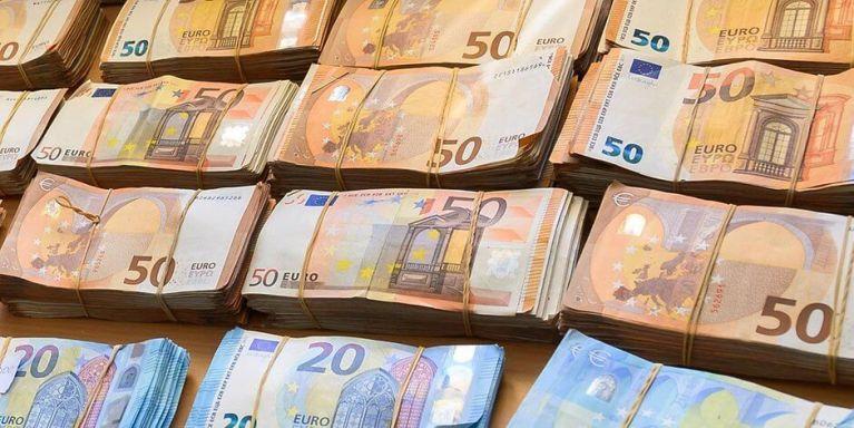 الشرطة تقبض على عائلة تعمل بغسيل الأموال في مدينة ألمانية
