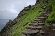 skellig-michael-steps-to-top-600x398