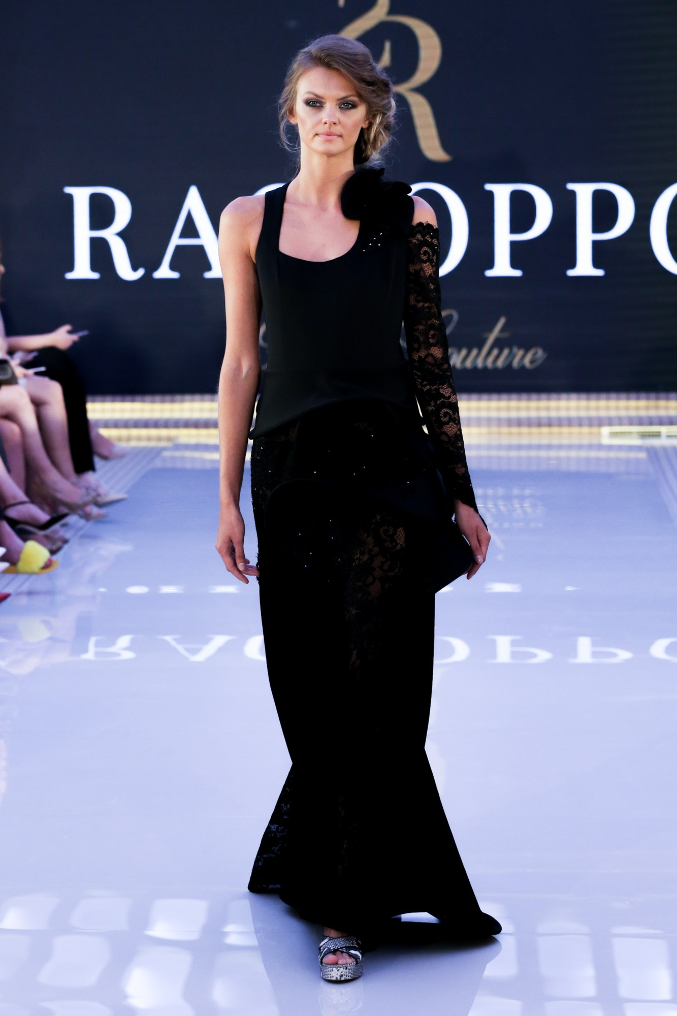 Simone RacioppoReady Couture Fall Winter 2018 CollectionDubai Fashion Week