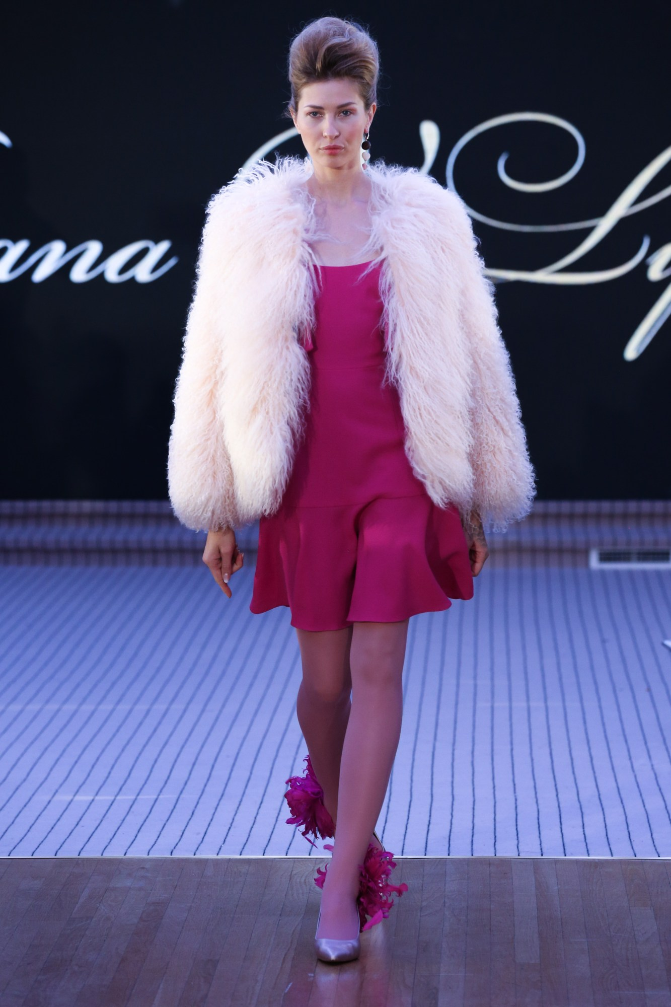 Tatiana V.Lyalina Resort Fall Winter 2018 Collection Dubai Fashion Week