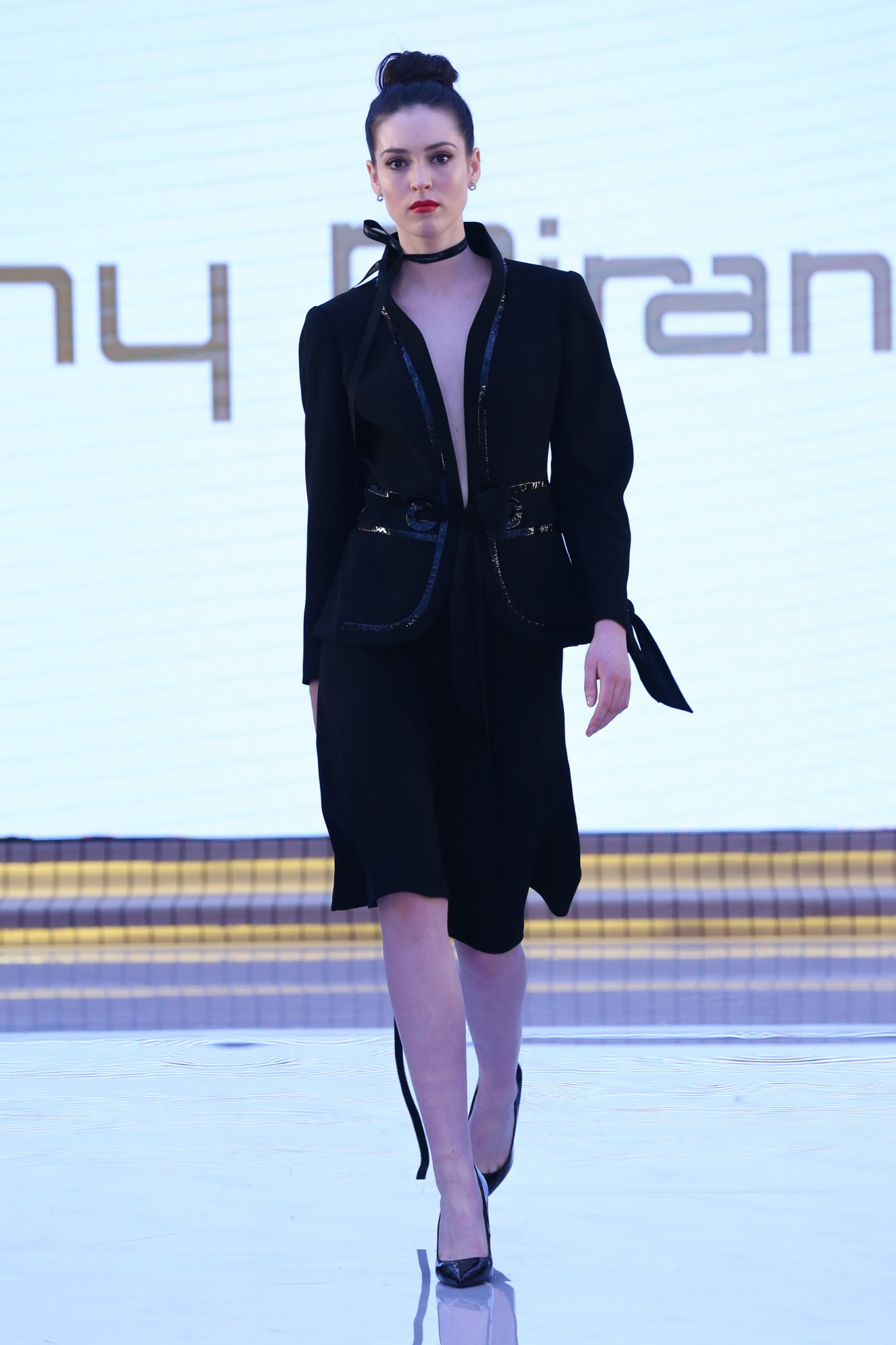 Tony Miranda Resort Fall Winter 2018 Collection Dubai Fashion Week