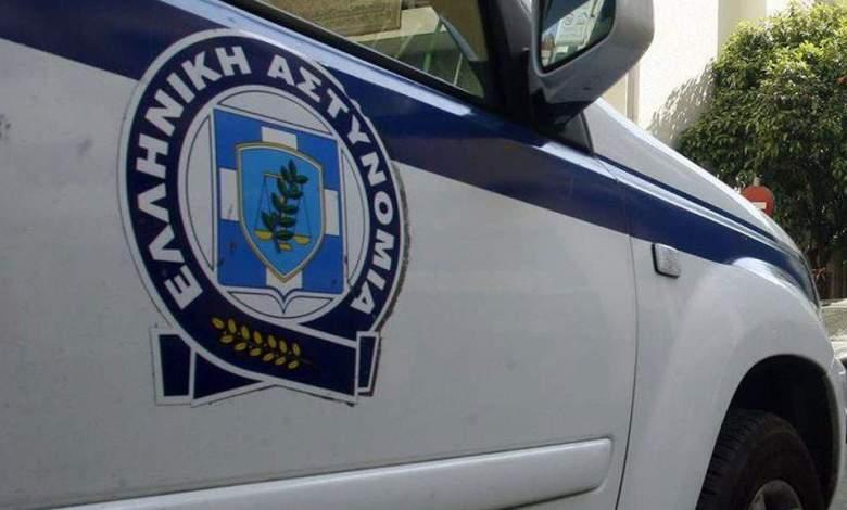الشرطة-اليونانية-تعتقل-ثلاثة-اتراك-بحوزتهم-بطاقات-مزورة.jpg