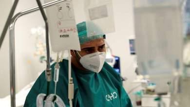 صورة أكثر من 40 طبيبًا وطاقم طبي ثبتت إصابتهم بفيروس كورونا في مستشفى ذيذيموتيخو