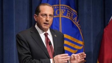 صورة الولايات المتحدة الامريكية: استقالة وزير الصحة بسبب غزو مبنى الكابيتول