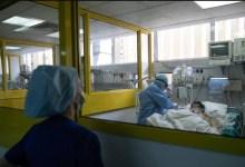 صورة فيروس كورونا: يعاني اثنان من كل 100 مريض في وحدة العناية المركزة من سكتة دماغية