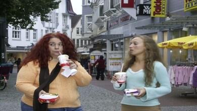 صورة دراسة: الإفراط بتناول الطعام ليس سببا للسمنة بل العكس