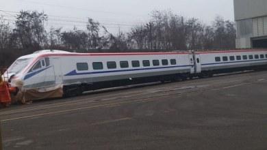 صورة السفر بالقطار  عالي السرعة يقترب بين المدن خطوةً أكبر