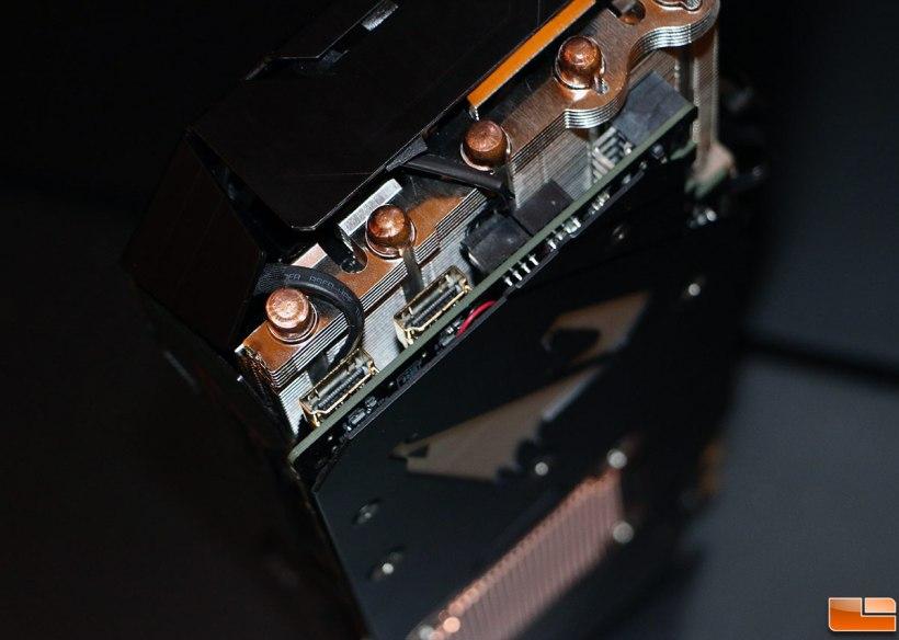 بطاقة جيجابايت GTX 1080 AORUS