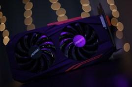 AORUS RX 570 4GB (2)