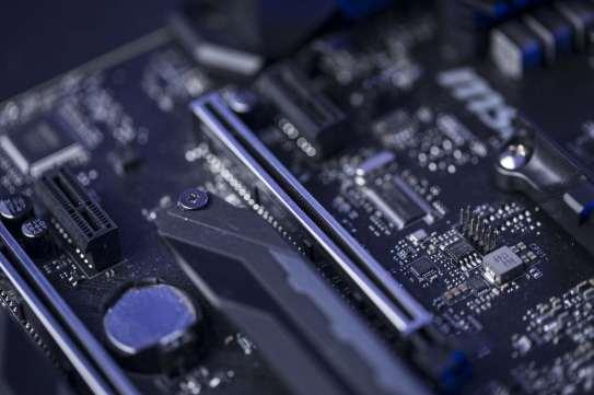 MSI X470 Gaming M7 AC (23)