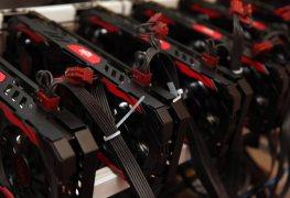 الفريق الأحمر يرد...بطاقات Radeon بدقة تصنيع 7nm ستطلق في عام 2018!!