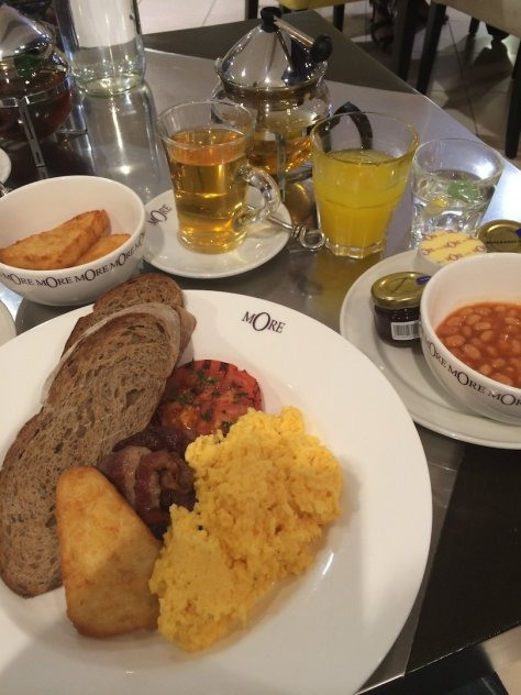 All day breakfast, More Café