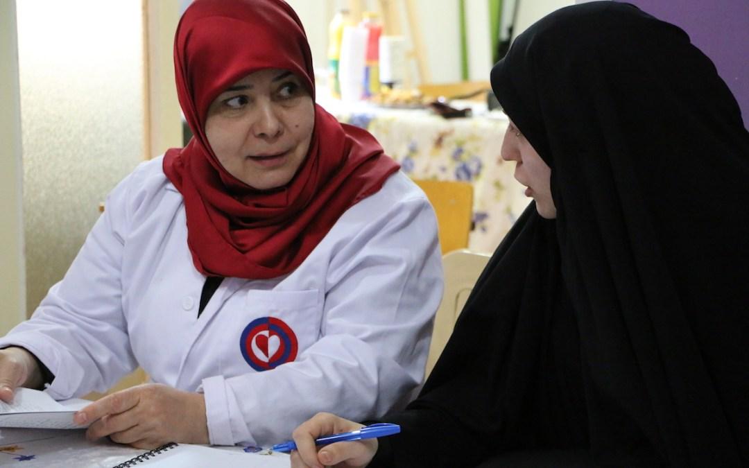 """دراسة حول """"مهارات الأمومة"""" في مركز عامل بالشراكة مع """"الأمريكية"""" ووزارة الصحة"""