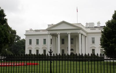 """في """"قرار حاسم""""… واشنطن ترفض """"جواز سفر كورونا"""" وتعلن السبب"""
