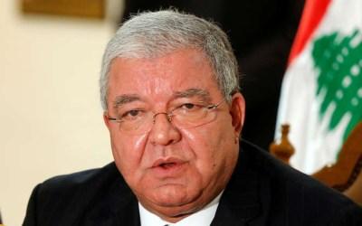 لبنان سيراجع القرار حول استثناء الإيرانيين من ختم جوازات سفرهم