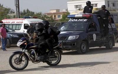 عسكري سابق يقتل 6 أشخاص في باكستان