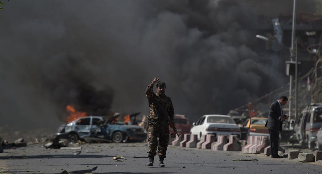 الجيش: مقتل 10 بانفجار سيارة عند نقطة تفتيش بجنوب الفلبين