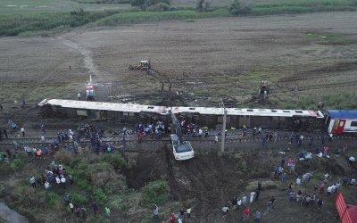 مصر… 32 قتيلا و66 جريحا في حادث تصادم قطارين