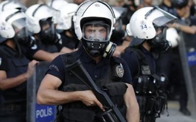 """""""حملة أمنية واسعة"""" في تركيا لاعتقال نحو 140 شخصاً"""