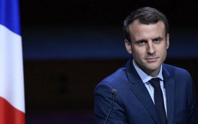 ماكرون يضرب بيده على طاولة المفاوضات حول خطة النهوض الأوروبية