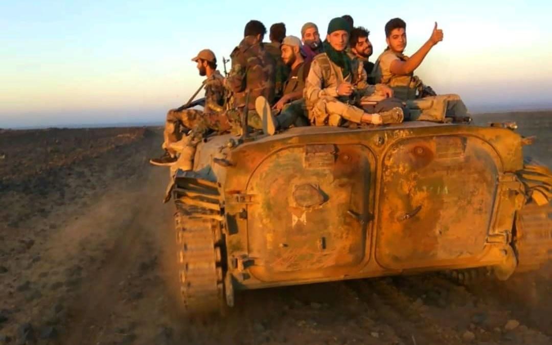 """الجيش السوري بصدد الإطباق على """"داعش"""" في أهم معاقله في بادية السويداء"""