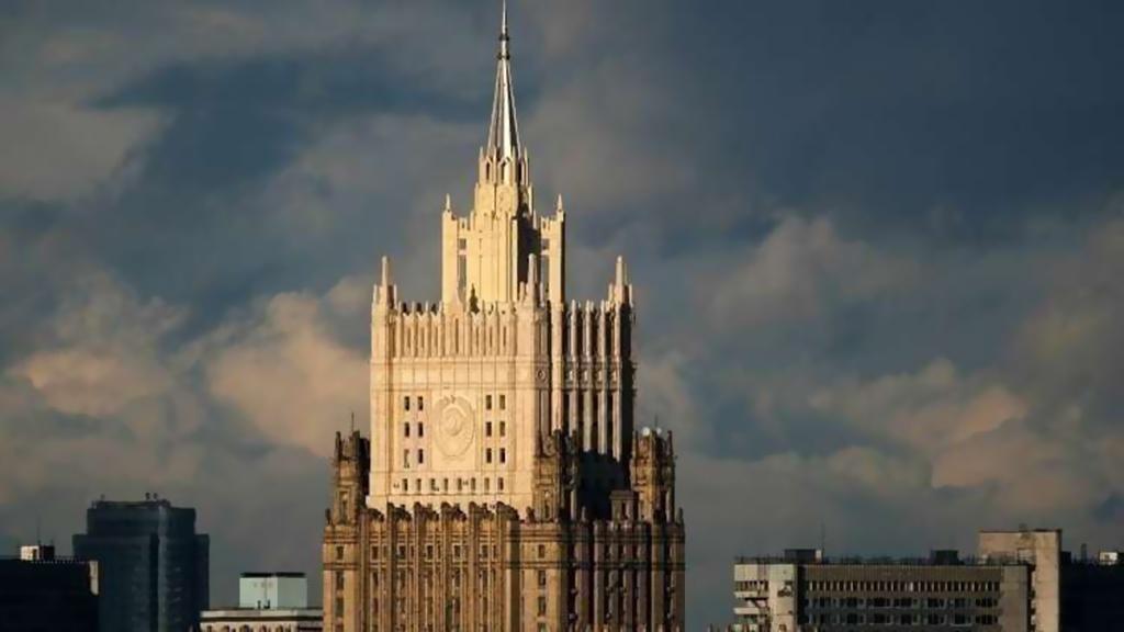 سفير لبنان في روسيا عرض وبوغدانوف التطورات في لبنان والشرق الاوسط