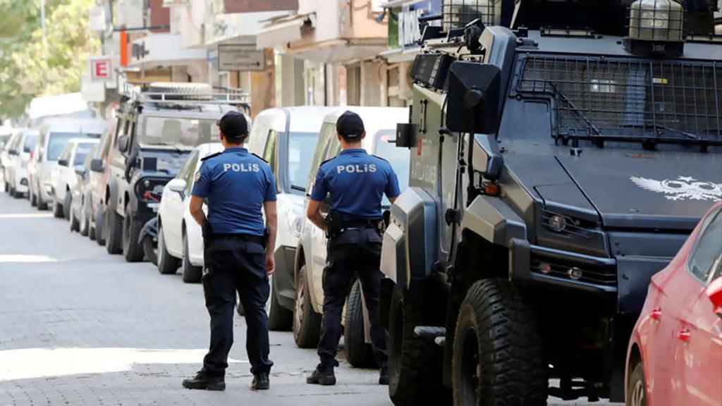 حريت: السلطات التركية تعتقل 56 شخصا بتهمة صلتهم بغولن