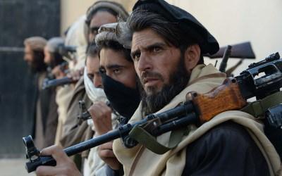 14 قتيلا في أول هجوم تتبناه طالبان منذ إعلان وقف إطلاق النار في أفغانستان