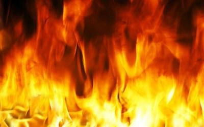 اندلاع حريق هائل وسط القاهرة
