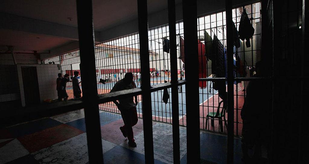 22 قتيلا على الأقل بتمرد في سجن في طاجيكستان