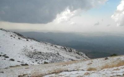 طقس الميلاد غائم وممطر بغزارة وثلوج على ارتفاع 1400م