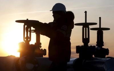 الكويت والسعودية تخططان لاستئناف إنتاج النفط من حقلي الخفجي والوفرة