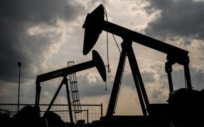 النفط يواصل الصعود بعد بيانات أميركية