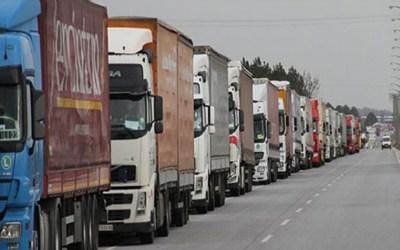 اعتصام لسائقي المرفأ واتحاد نقابات العمال والمستخدمين