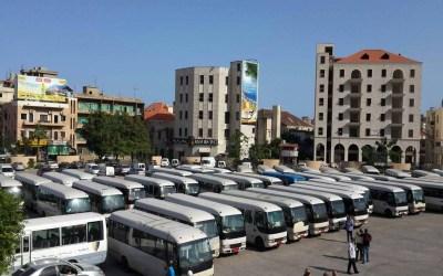 اعتصام لأصحاب وسائقي الباصات امام قصر العدل في طرابلس