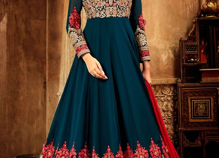 Engagement Wear Designer Frock Designs 2020 Latest Collection