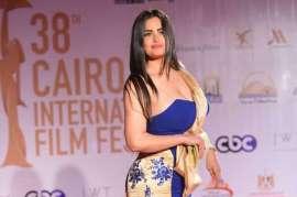 Photo of سما المصري تنشر صورتها بالحجاب وتطالب الجمهور بالدعاء لها