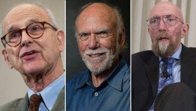 Photo of 3 علماء أميركيون يتقاسمون جائزة نوبل للفيزياء