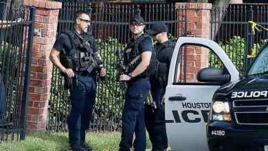 Photo of تكساس.. الشرطة توقف مسلحا بفندق قبل رأس السنة