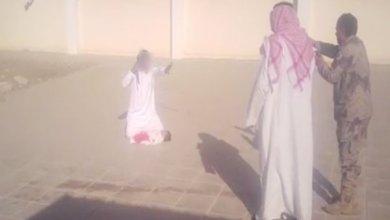 "Photo of تكريم خاص لقائد المدرسة ""مُنقذ"" الرضيع من الذبح على يد والده"