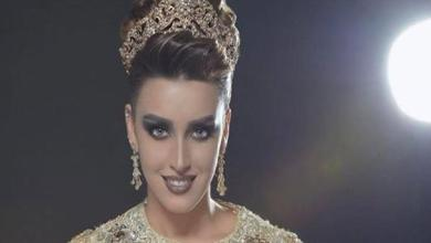 """Photo of عارضة الأزياء المغربية مديحة كامل تتألق في مهرجان """"قفطان نورتي"""""""