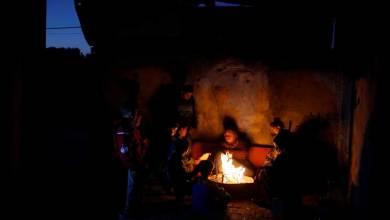 Photo of أزمة الكهرباء في غزة تهدد أطفالها المرضى